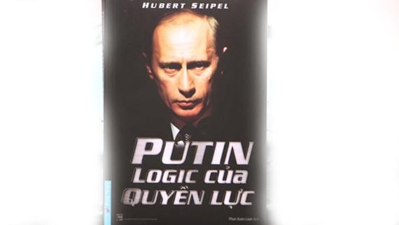 Bìa sách mới nhất về Tổng thống Nga Putin
