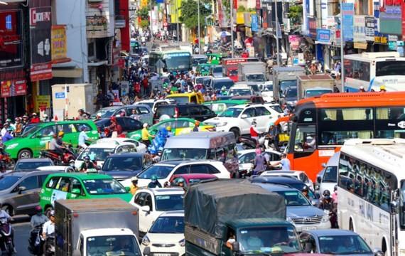 A serious traffic jam in HCMC (Photo: SGGP)