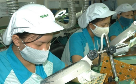 NFSC forecasts Vietnam's 2017 GDP growth over 6.7 percent