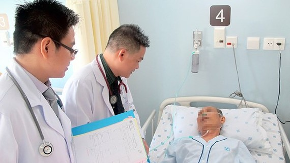 Da Nang implements online appointment scheduling with doctors