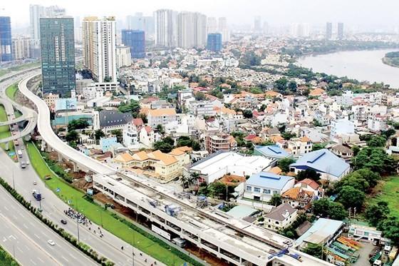 Work on Ben Thanh- Suoi Tien metro (Photo: SGGP)