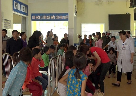 150 primary students admitted to hospital over poison incident