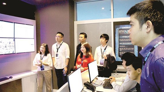 Foreign experts are studying operating models in Quang Trung Software City