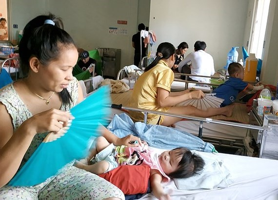Increase in cases of encephalitis due to measles, flu complications