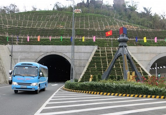 Toll increase through Ca mountain pass tunnel effective from April 1