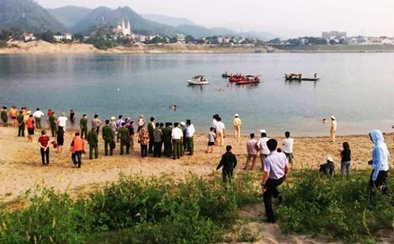 Eight children die in Da River (Photo: SGGP)
