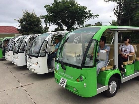 Bus fleets in Hoi An (Photo: SGGP)