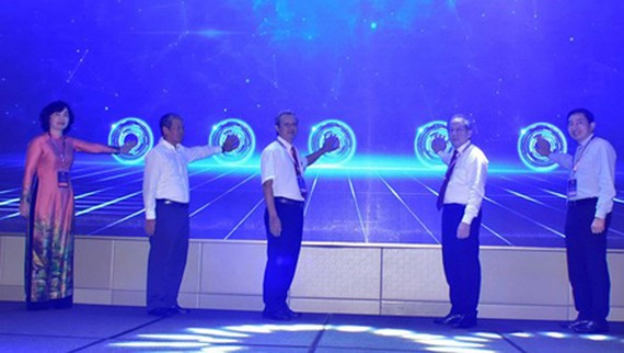 The official launch of the Thua Thien – Hue Province operation center for a smart city