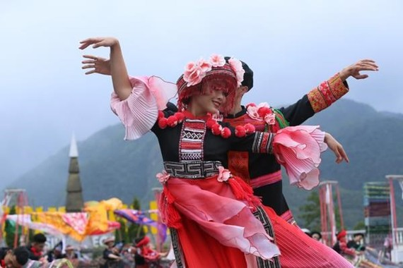 Visitors to the festival will have chance to enjoy traditional dances of ethnic people (Photo: vietnamnet.vn)
