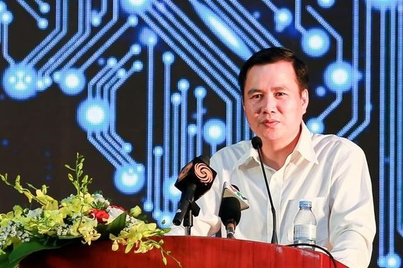 Deputy Minister of Science and Technology Bui The Duy delivered a speech at the 2019 Vietnam Artificial Intelligence day (AI4VN). (Photo: VNA)