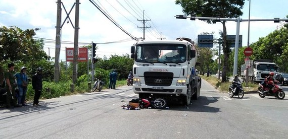 A road accident in Binh Chanh District (Photo: SGGP)