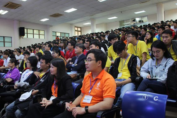 More than 700 IT students from Vietnam and other nations are taking part in the IT contests