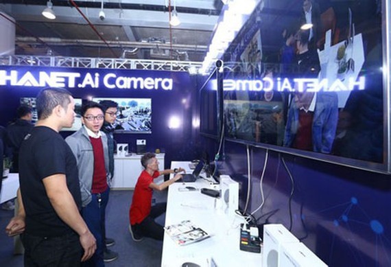 A technology business is displaying its AI camera in Techfest 2019