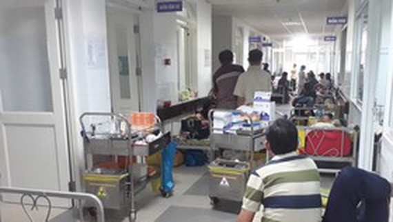 Infectious diseases spread as cold weather hits Vietnam