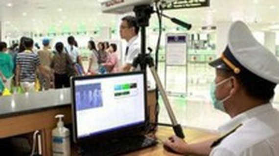 Vietnam increases precautions at airports to prevent mysterious pneumonia