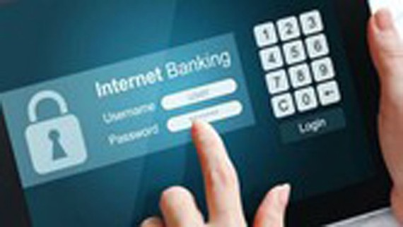 Consumers warned of online trading frauds on Tet holiday