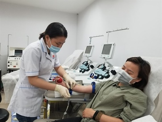 Young people in HCMC call on peers to donate blood