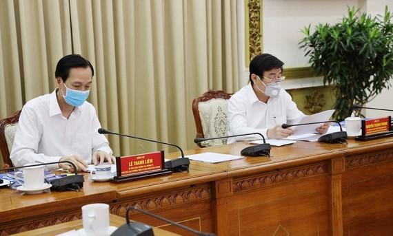 Chairman Nguyen Thanh Phong says at the meeting (Photo: SGGP)