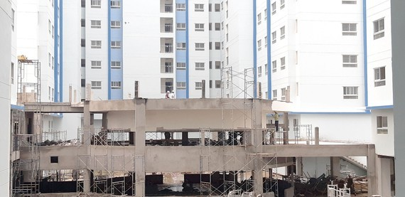 HCMC petitions to remove barriers for housing projects