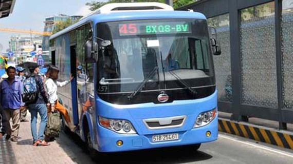 CNG buses are used in HCMC to reduce greenhouse gases. (Photo: SGGP)