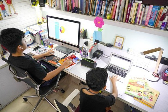 Education Ministry requires to collect suitable tuition fee for online teaching