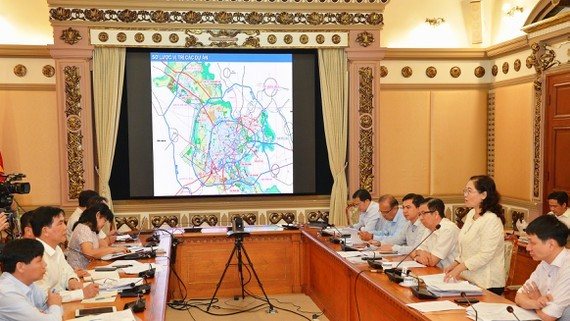 At the working session (Photo: SGGP)