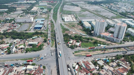 My Thuy Intersection, a part of Ring Road No.2 (Photo: SGGP)