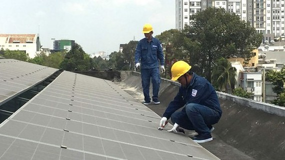 HCMC promotes installment of roof-mounted solar panels in industrial parks (Photo: SGGP)