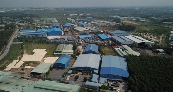Dozens of factories in Phuoc Tan Industrial Zone in Dong Nai Province are constructed without licences. — VNA/VNS