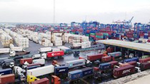 HCMC to apply 8 solutions to boost exportation