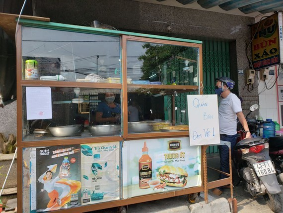 On-site service can be offered by restaurants, cafes and street food courts (Photo: SGGP)