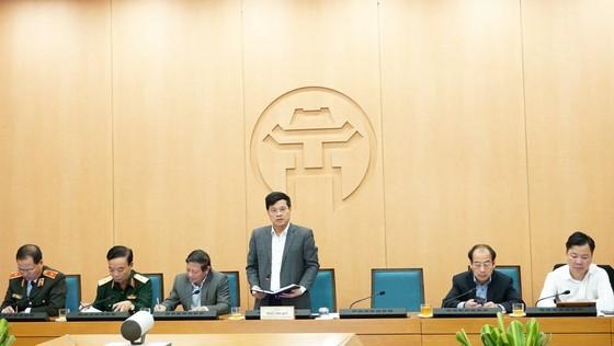 Deputy Chairman of the Hanoi People's Committee Ngo Van Quy speaks at the meeting (Photo: SGGP)