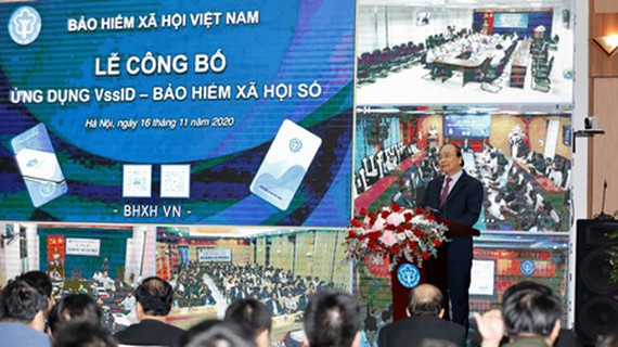 Prime Minister Nguyen Xuan Phuc delivered his speed in the ceremony. (Photo: SGGP)