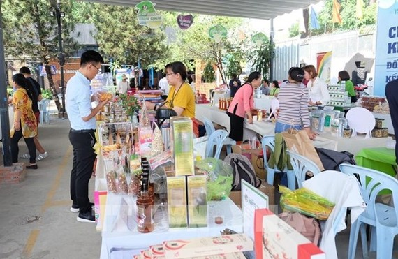 A fair introducing products of start-ups held in 2019 (Photo: VNA)