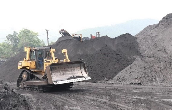 Coal exploitation (Source: VNA)