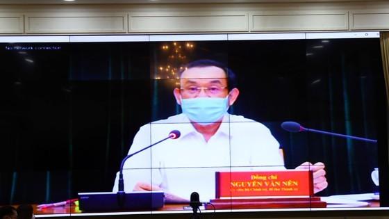 Secretary of Ho Chi Minh City Party Committee Nguyen Van Nen speaks at the virtual meeting (Photo: SGGP)