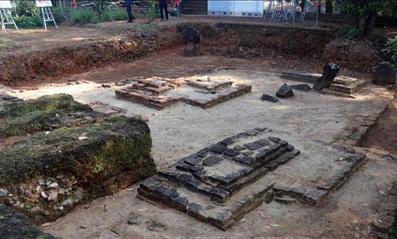 Part of a Cham tower's foundation in the Cham Phong Le archaeological site (Photo: VNA)