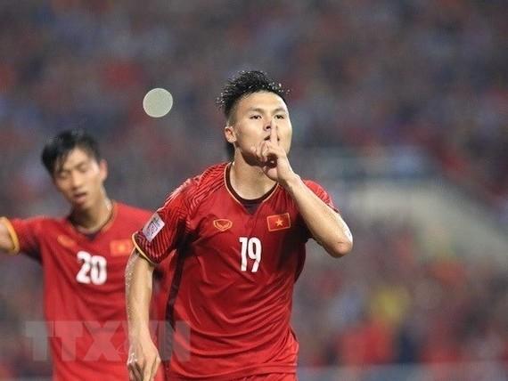 Nguyen Quang Hai (shirt No.19) (Source: VNA)