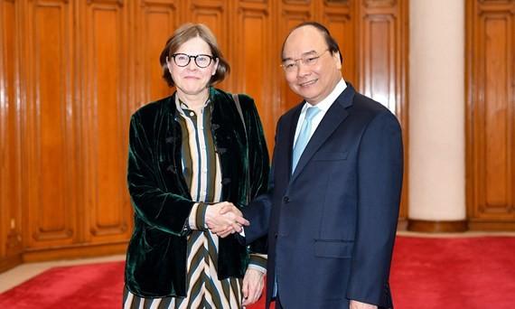 Vietnamese Prime Minister Nguyen Xuan Phuc receive Vice President of the European Parliament Heidi Hautala