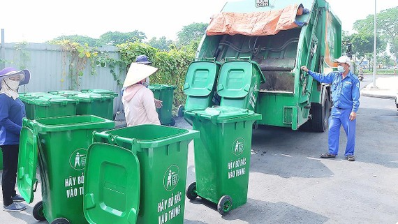 HCMC calls on investment capital in waste treatment projects
