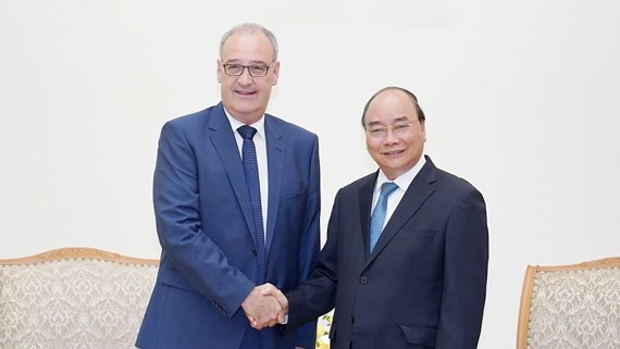 Vietnamese Prime Minister Nguyen Xuan Phuc and Minister of the Federal Department of Economic Affairs, Education and Research (EAER) of Switzerland Guy Parmelin (Photo:VGP)