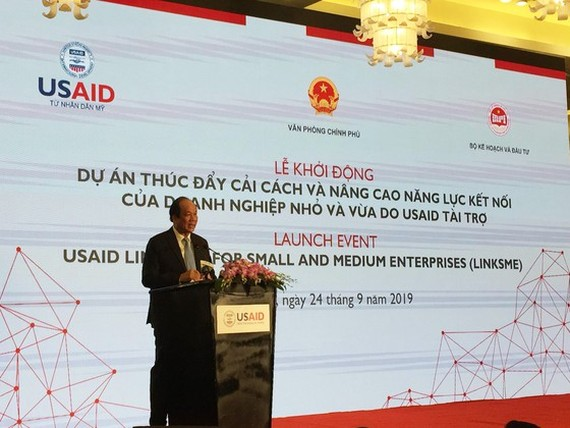Minister and Chairman of the Government Office Mai Tien Dung speaks at event