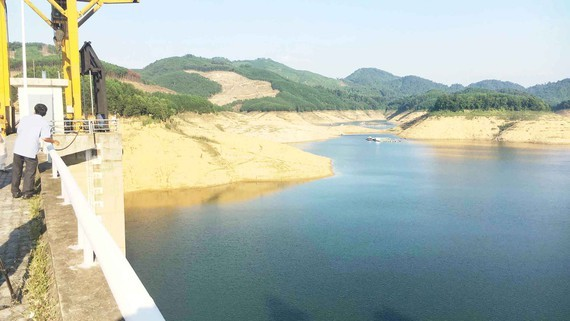 Central region urgently deals with late- winter drought