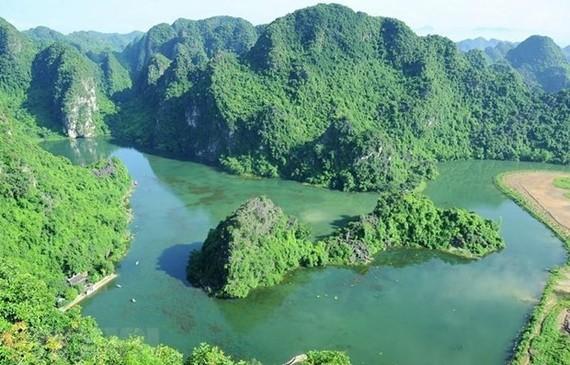 The Trang An Landscape Complex, a famous tourist destination in Ninh Binh province (Photo: VNA)