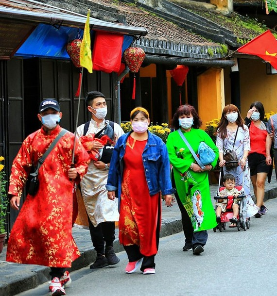 Vietnam stops exploiting tours to/ from Coronavirus epidemic areas
