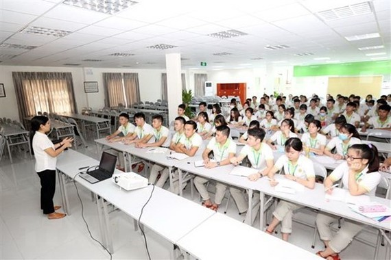 Vietnamese nurses are trained before going to work in Japan (Photo: VNA)