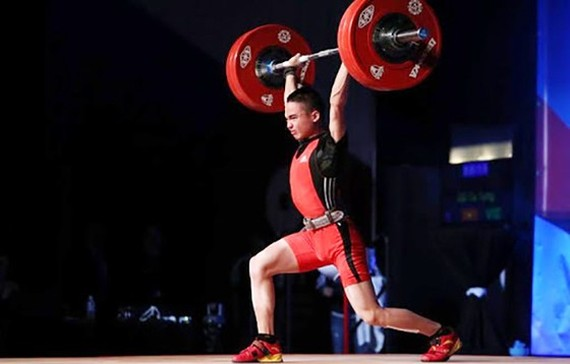 Vietnamese weightlifter Do Tu Tung  sets youth world record