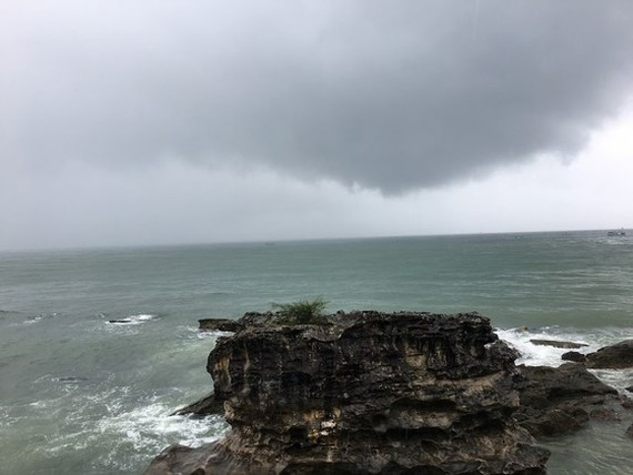 The southwest monsoon is likely to form in the Southern region (Photo: Van Phuc)