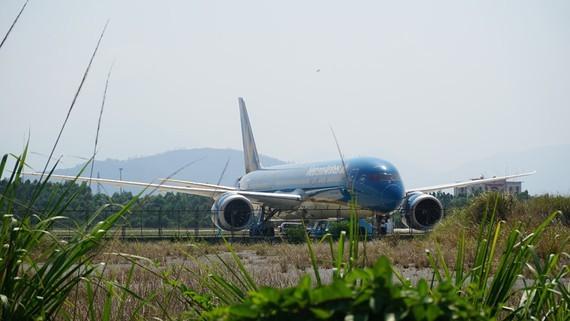 202 Vietnamese citizens from Spain return home