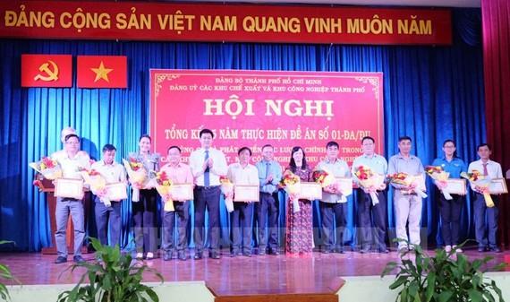 HCMC focus on Party organizations establishment in non-state enterprises